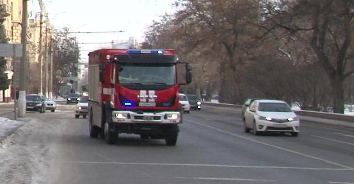 В центре Волгограда потушили пожар в кафе